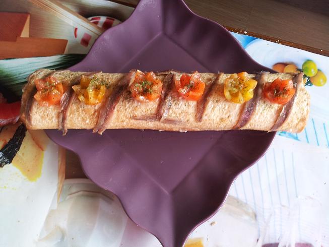 Brazo gitano de anchoas y salmon ahumado