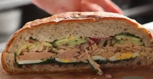 Sandwich Nicoise