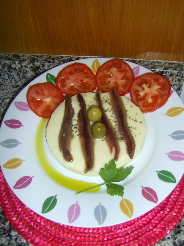 Provolone con anchoas